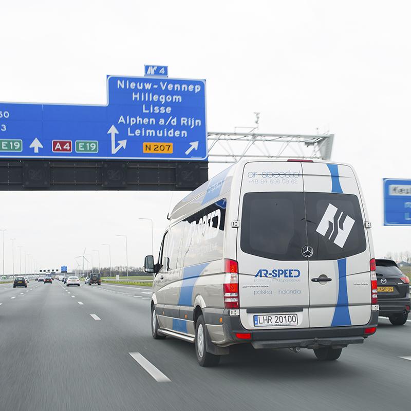 busy Warszawa Holandia, przewozy Warszawa Holandia
